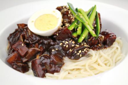 15 zajímavých faktů o čínském jídle, které pravděpodobně nevíte