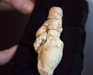 Ve Francii našli prehistorickou figurku ženy